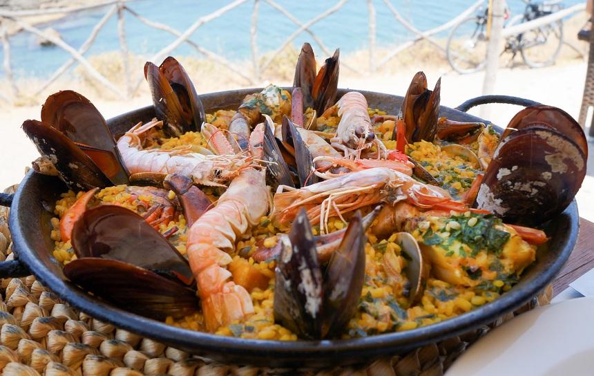 A paella restaurante costa RED