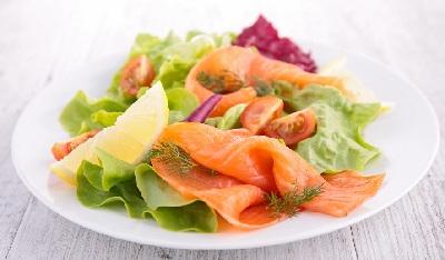 R ensalada salmon