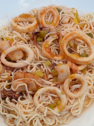 R espagueti calamares