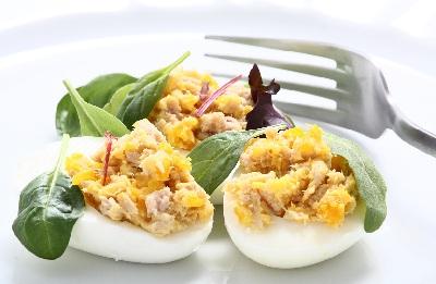 R huevos rellenos