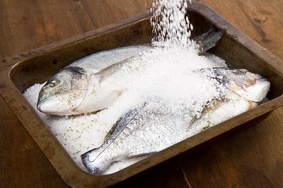 R pescado sal